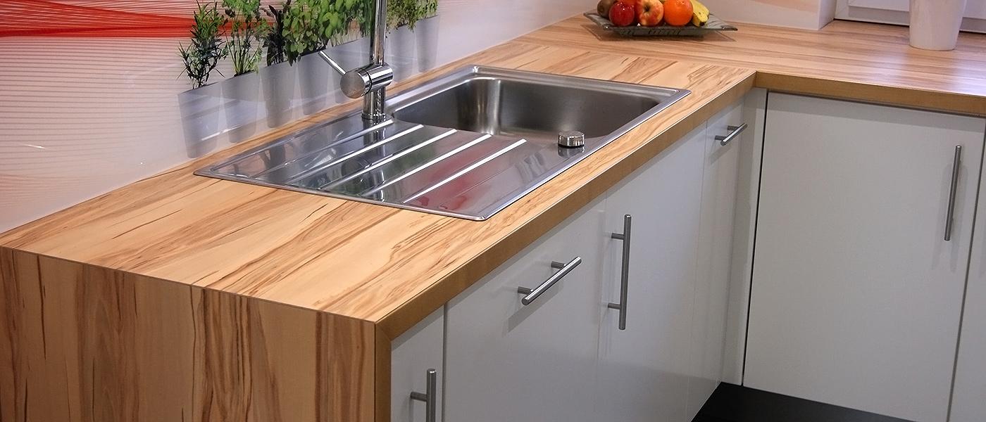 Maß gefertigte Einbauküche Ansicht Arbeitsplatte