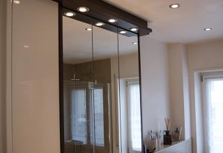 Badezimmer Holz Spiegel